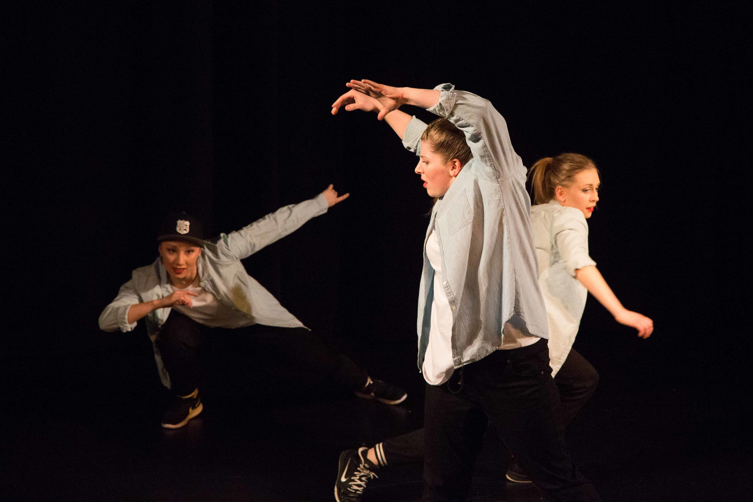 Bez-Arts-Hub-Langley-BC-still-words-dance-show-22.jpg