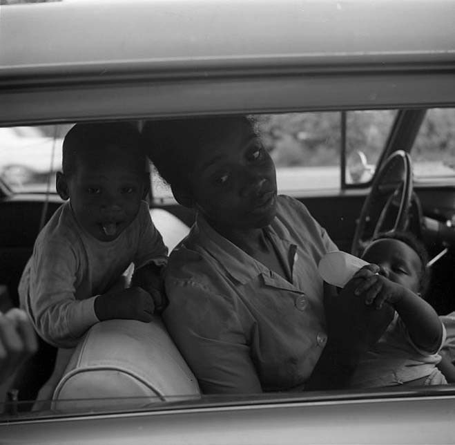 Chicago Area (Mother and Children in Car) 1968