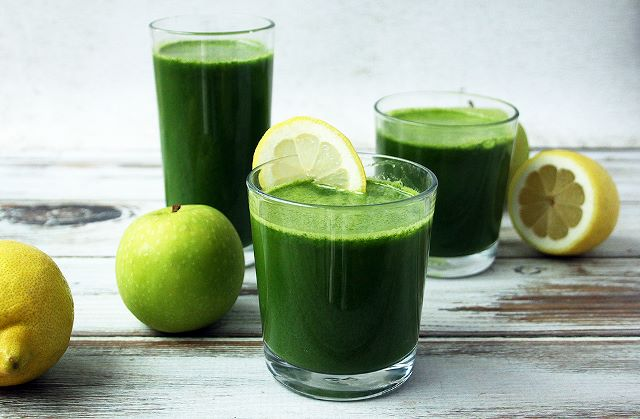 green juice detox drink