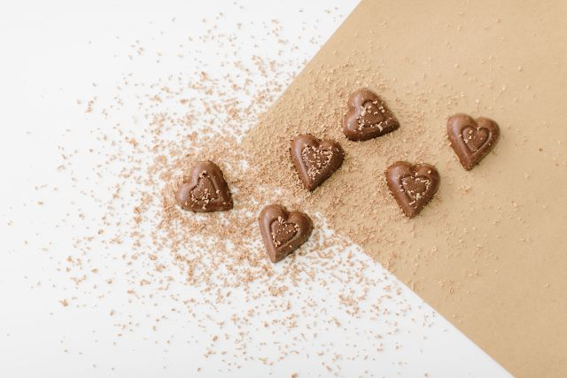 'Dairy Milk' Style Chocolate Hearts