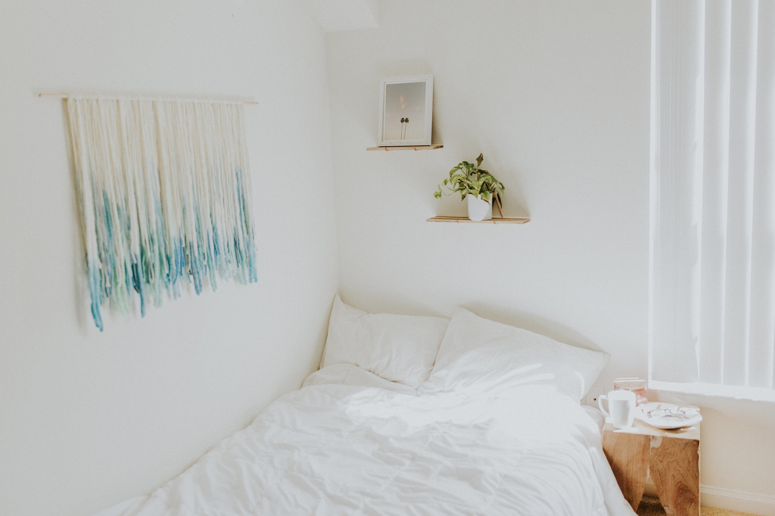 Free People | Katelyn Now | Urban Outfitters Apartment | Faith Danielle Photography | Minimalism