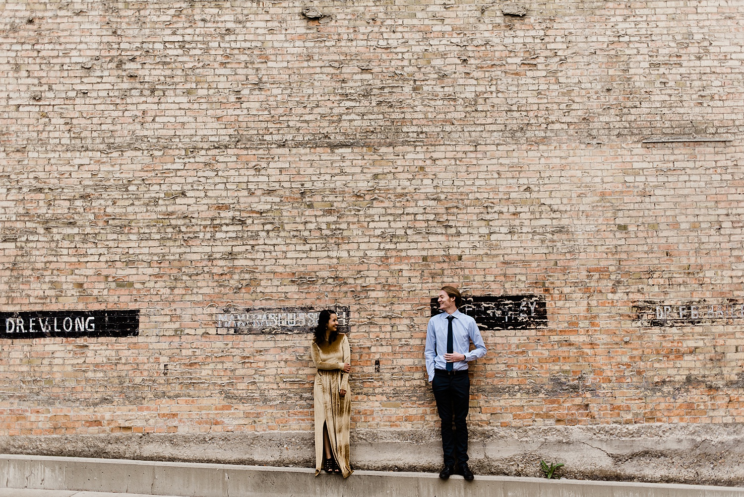 Zandra Barriga Photo Downtown Engagement Session - Maria and Skyler_0012.jpg