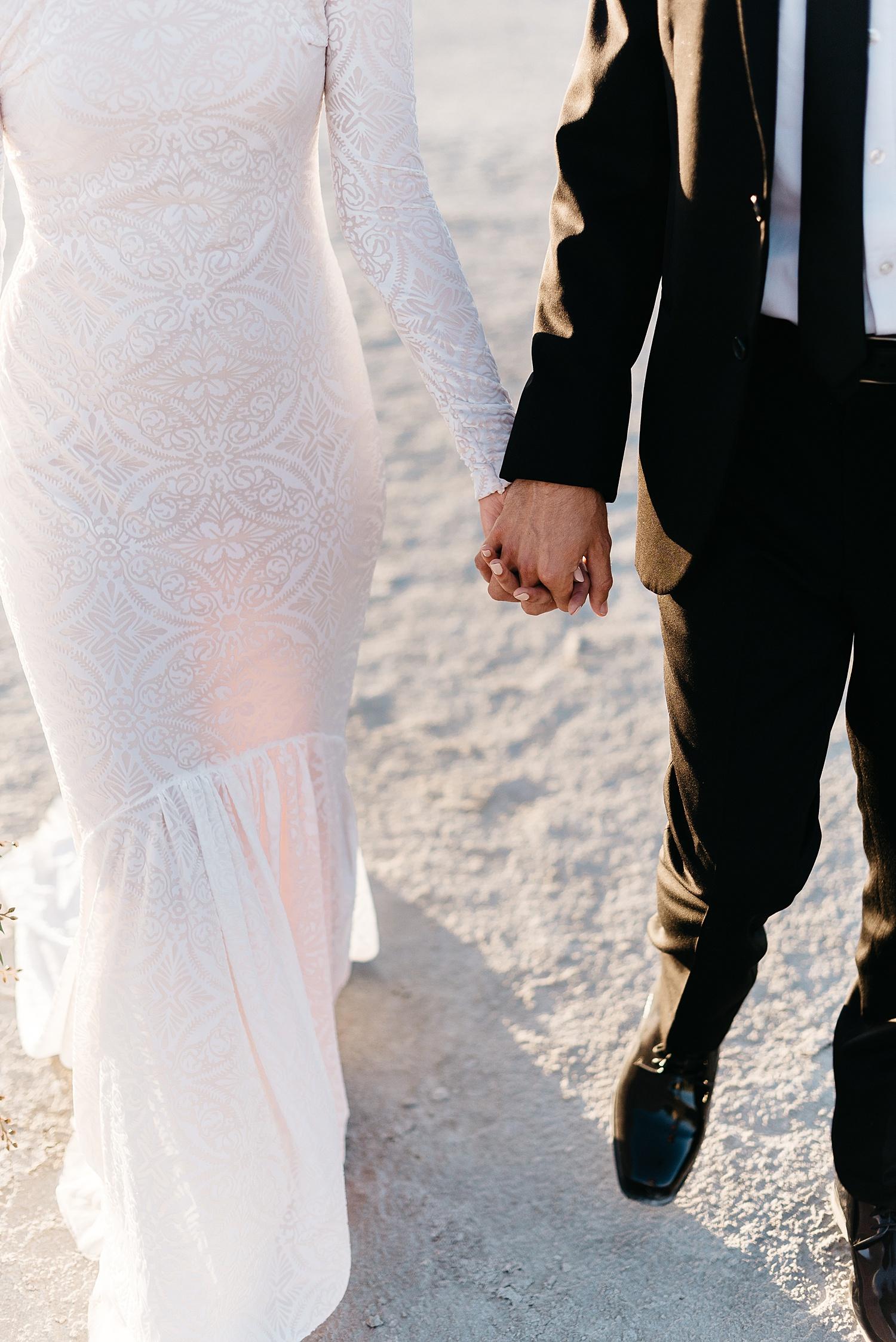 Zandra Barriga Photo - Cassie and Tristan Great Salt Lake Bridas_0008.jpg