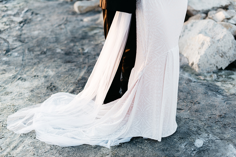 Zandra Barriga Photo - Cassie and Tristan Great Salt Lake Bridas_0012.jpg