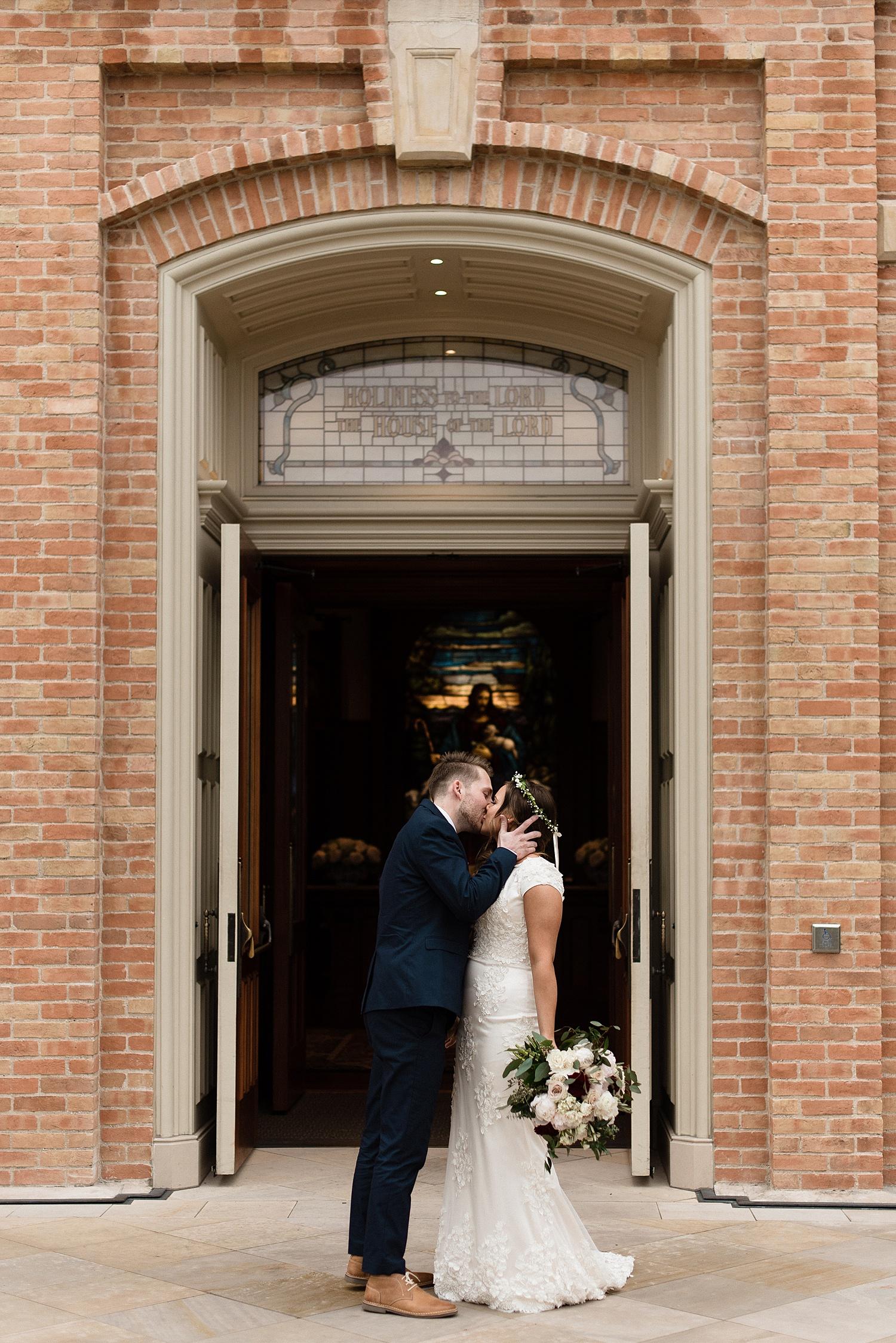 Zandra Barriga Photo - Dallas and Megan Wedding_0004.jpg