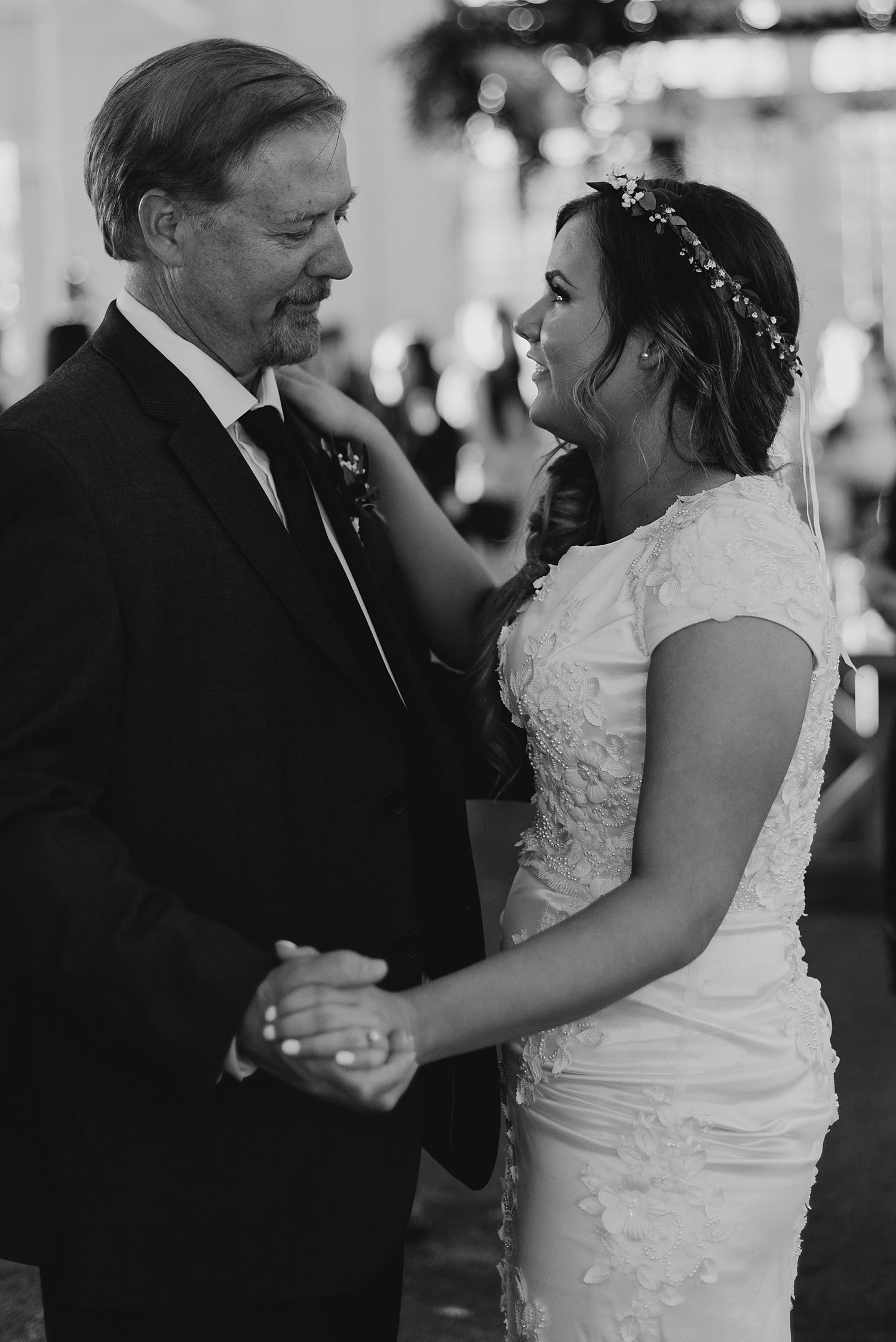 Zandra Barriga Photo - Dallas and Megan Wedding_0080.jpg