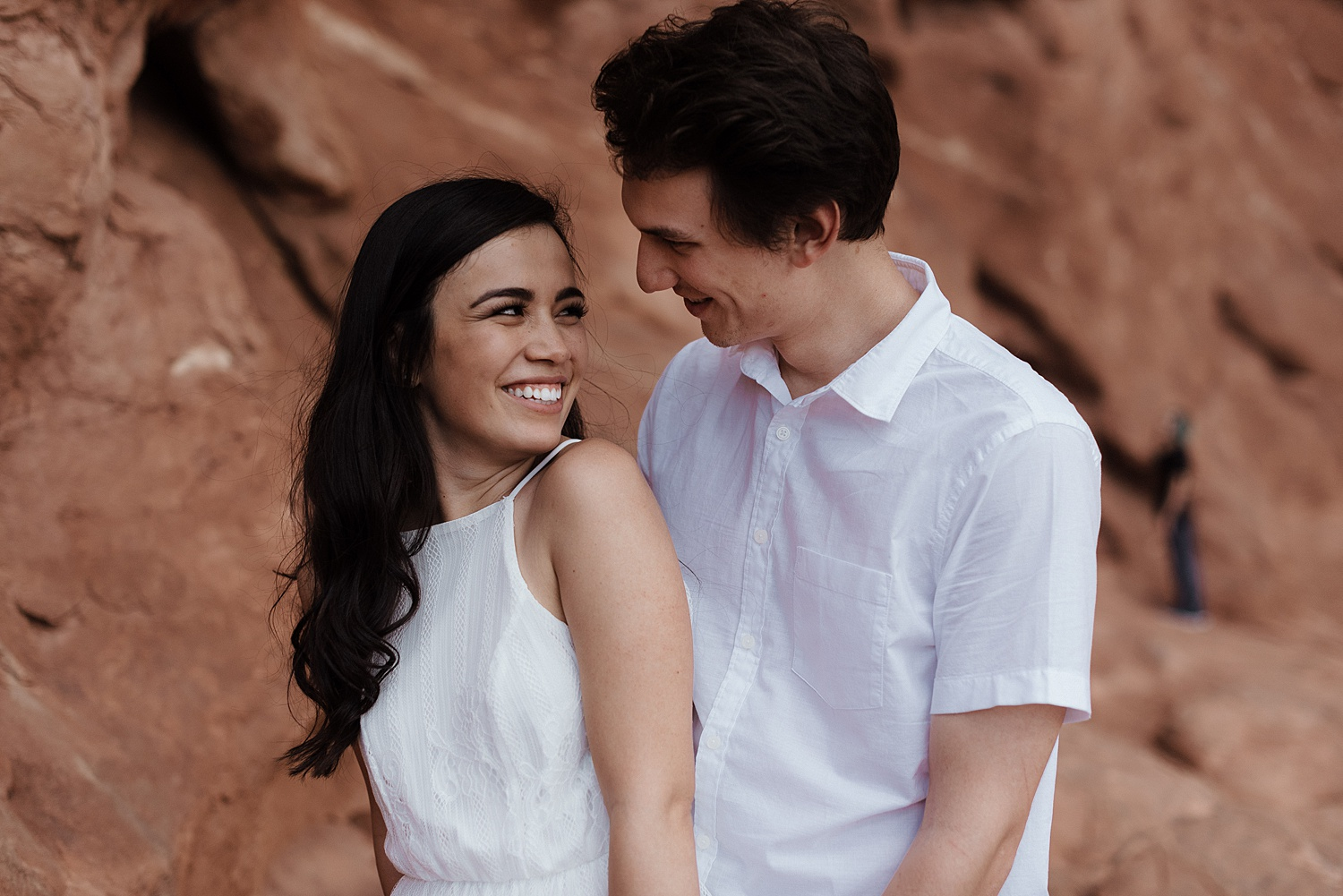 Zandra Barriga Photo - Dayana and Tom Arches National Park Engagements_0007.jpg