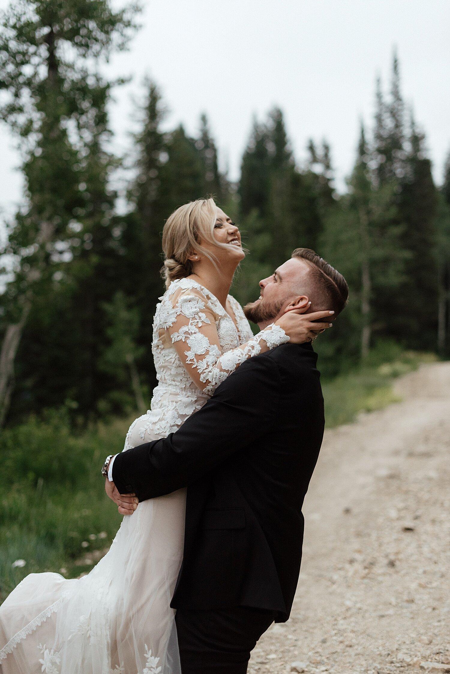 Zandra Barriga Photo - Hunter and Brighton Mountain Bridals_0016.jpg