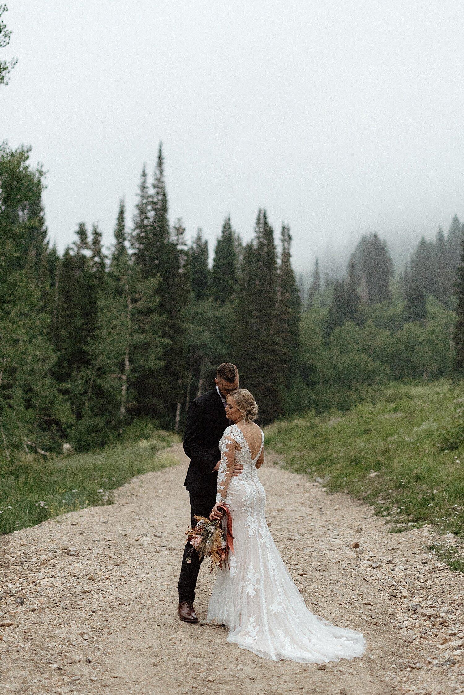 Zandra Barriga Photo - Hunter and Brighton Mountain Bridals_0021.jpg