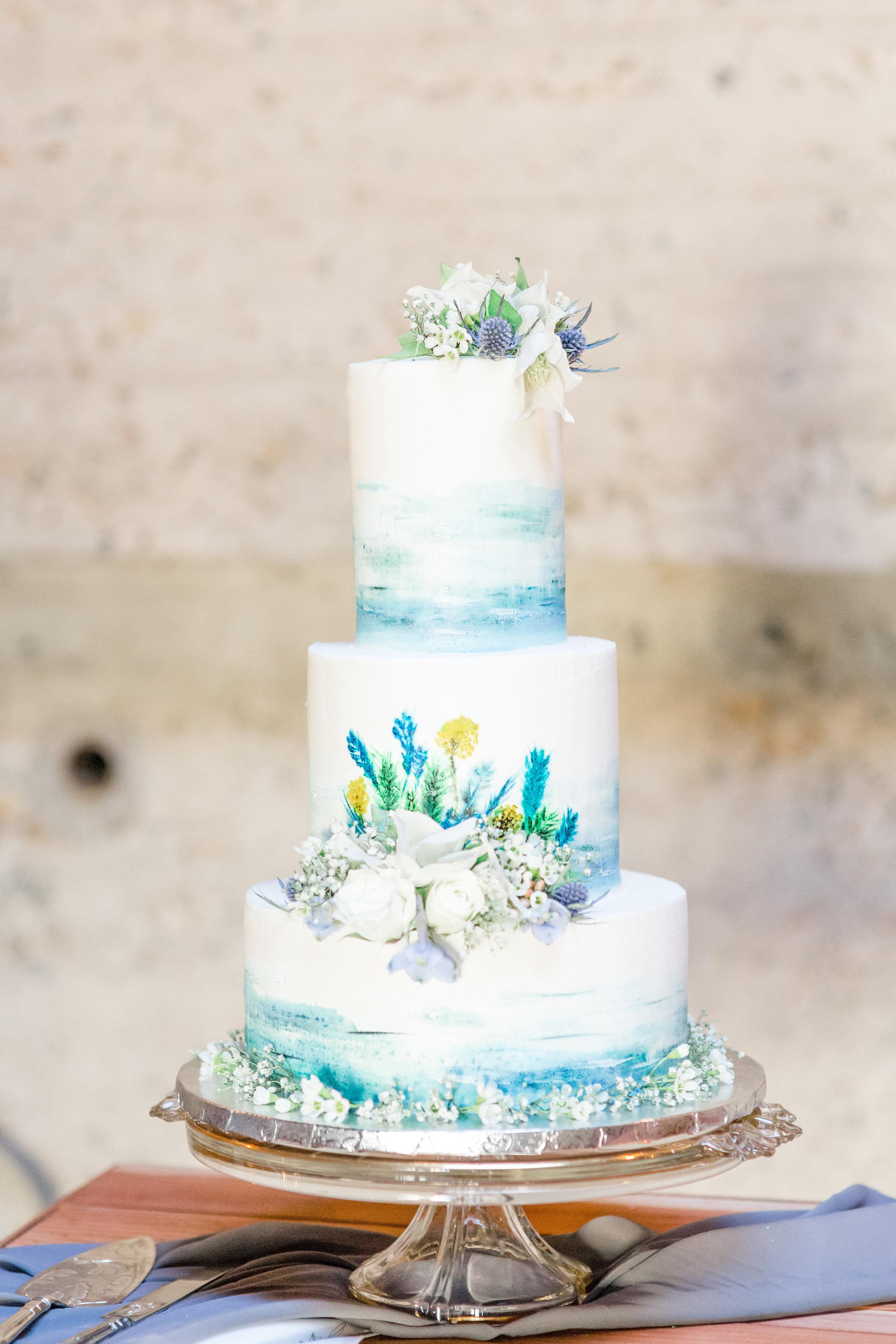 Custom cake design, California.