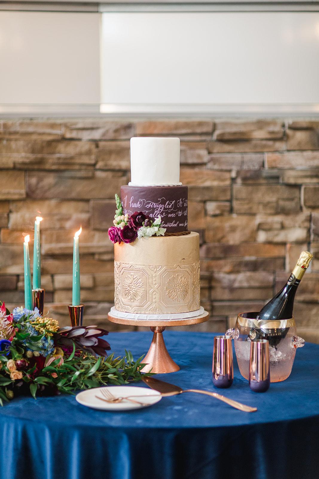 Calligraphy cake design