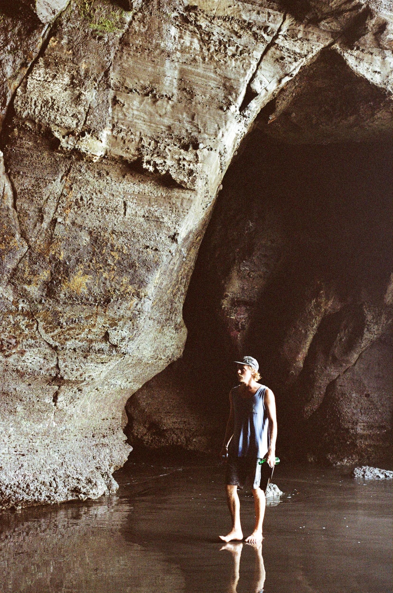 Cave.3