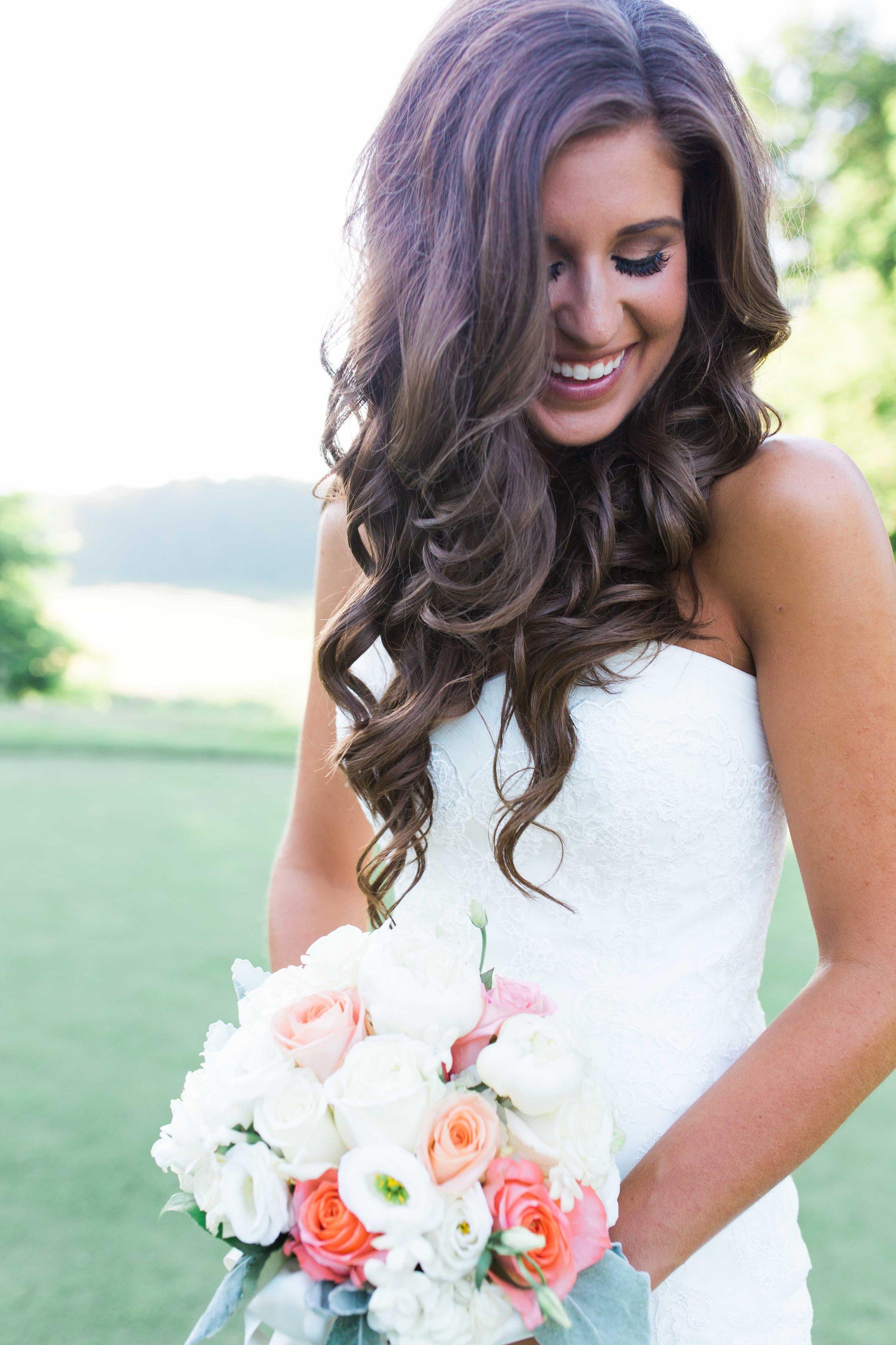 Photo: Lindsey Kay Photography | Make-up: Margie Naatz  Bride: Chrissy P.