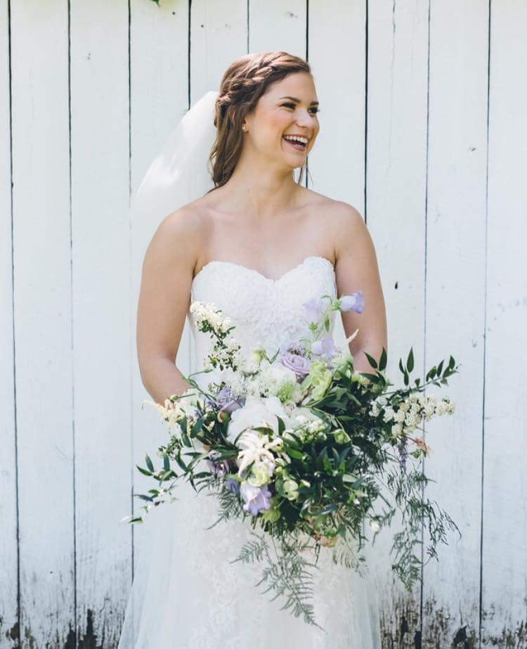 Photo: Ed & Aileen Photography   Bride: Haley O.