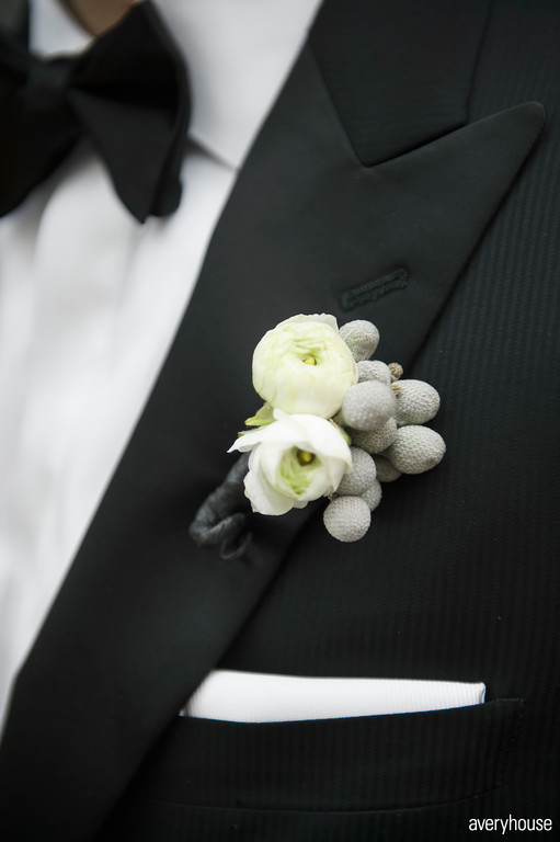 10. The Ivy Room. Avery House. Sweetchic Events. Flower Firm White Rununculus Boutonierre with Silver Berries.