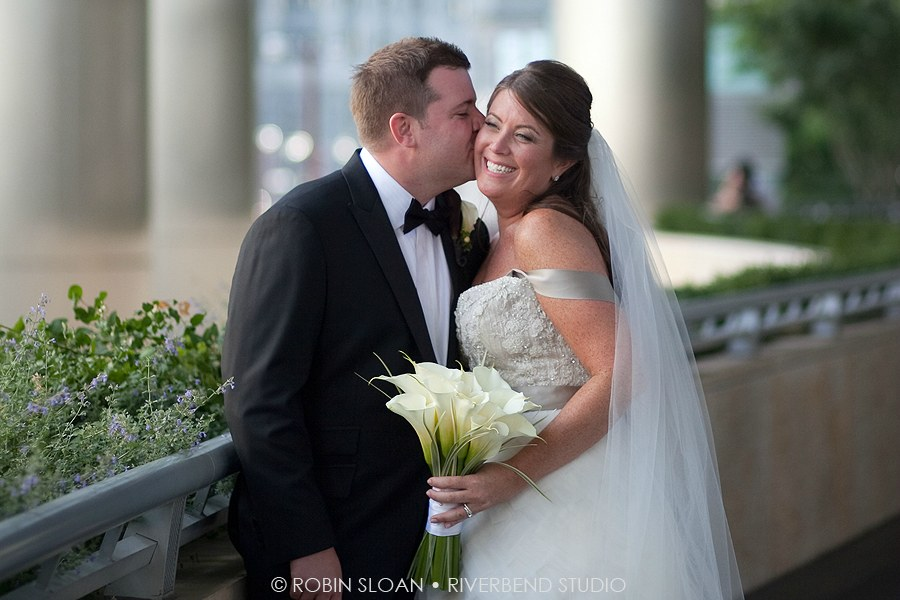 14 Jen.Aaron Trump Towers Ballroom Chicago Wedding Robin Sloan Riverbend Studio Sweetchic Events