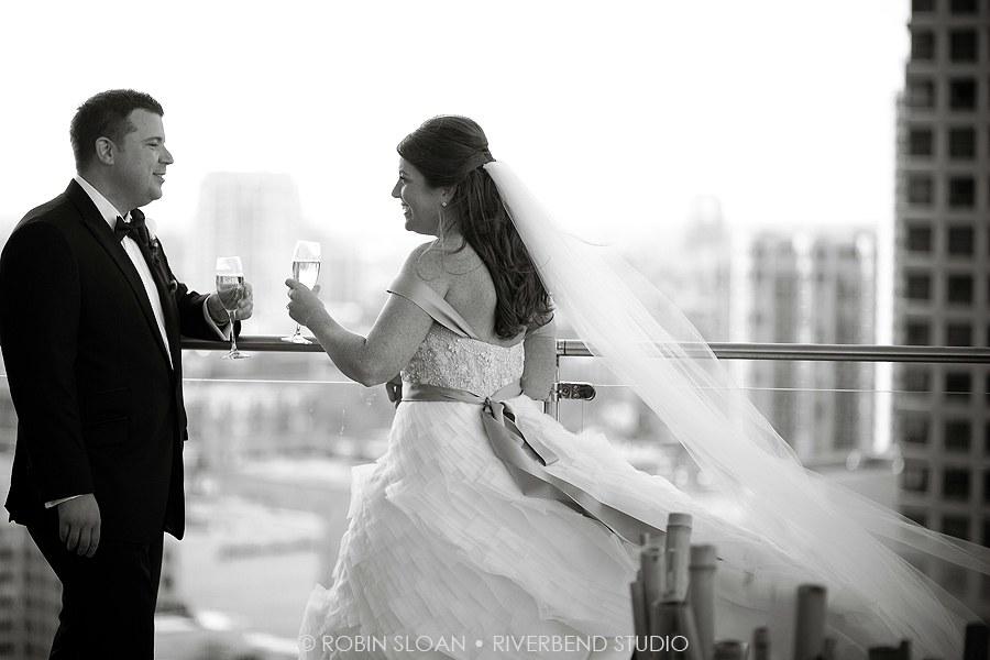 15 Jen.Aaron Trump Towers Ballroom Chicago Wedding Robin Sloan Riverbend Studio Sweetchic Events