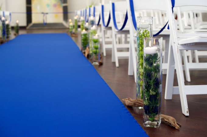Chicago Illuminating Company. David Wittig Photography. Sweetchic Events. Scarlet Petal. Blue Aisle Runner. Submerged Floral and Driftwood Aisle Decor.