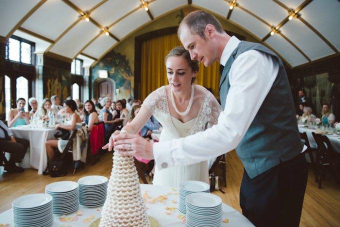 Ida Noyes Theater Wedding. Rose Tinted Lens Photography. Sweetchic Events. Swedish Tradition of breaking the wedding cake.