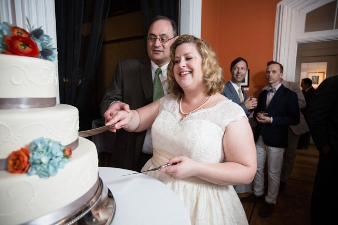 48. Keith House Wedding. Historic Home Wedding. The Way We Click. Sweetchic Events. Cake Cutting. Bombon Bakery.