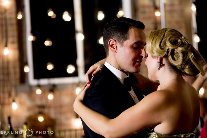 30. Art Deco Wedding. Kitchen Chicago. Victoria Sprung Photography. Sweetchic Events. First Dance