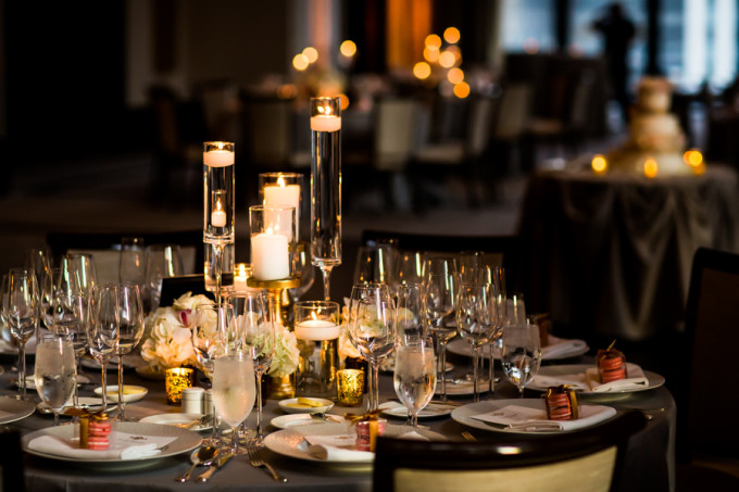 24. Langham Chicago Wedding. Steve Koo Photography. Sweetchic Events. Revel Door. Collection centerpiece. Gold Julep Buv Vases. Pillar Candles. Hydrangea. Roses. Gold. Pink.