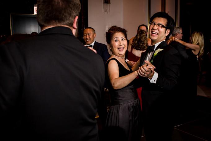 32. Langham Chicago Wedding. Steve Koo Photography. Sweetchic Events. Mother Son Dane.