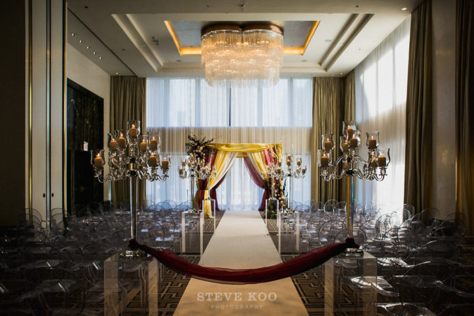 5-langham-wedding-steve-koo-photography-sweetchic-events-vale-of-enna-moody-romantic-wedding-ceremony-mandap-wine-white-candelabras