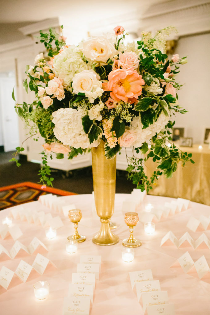 27-blackstone-chicago-wedding-pen-carlson-sweetchic-events-vale-of-enna-centepiece-tall-gold-peony-rose-blush-escort-cards-ivy-jasmine-vine