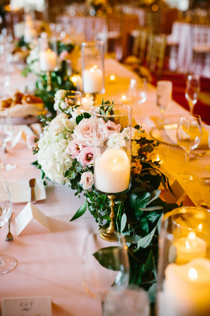 30-blackstone-chicago-wedding-pen-carlson-sweetchic-events-vale-of-enna-head-table-garland-candles-peony-classic-romantic