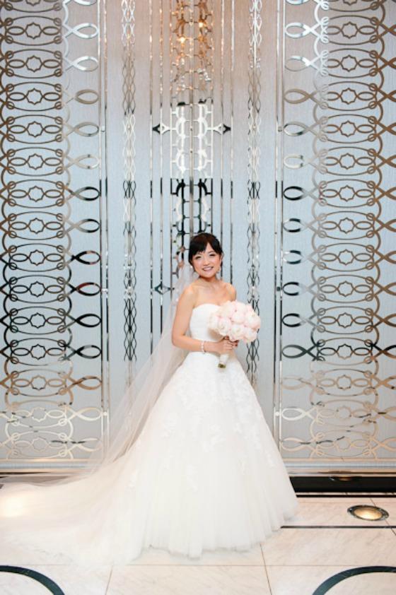 23. Suisui.David.Waldorf Astoria. Pen Carlson Photography. Sweetchic Events. Bride in Waldorf Astoria Lobby