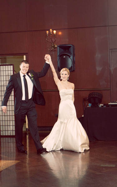 49. Alicia & Kris. Newberry Library Wedding. iLuvPhoto. Sweetchic Events.