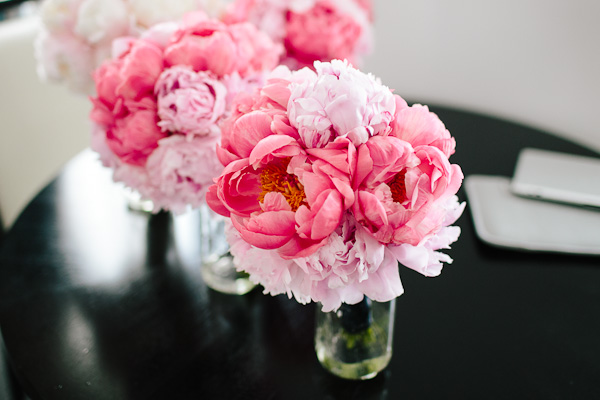 8. Suisui.David.Waldorf Astoria. Pen Carlson Photography. Sweetchic Events. Vale of Enna. Coral and Blush Pink Peony Bouquet.