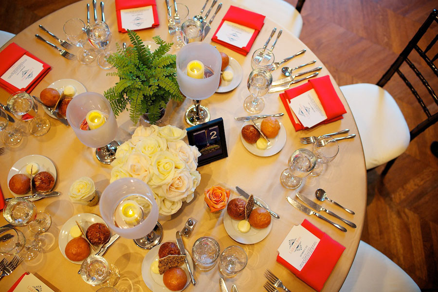 Chicago History Museum. Steve Koo Photography. Sweetchic Events. Tablescape