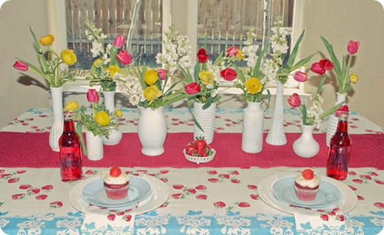 diy-spray-faux-milkglass-centerpieces