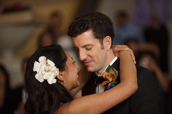 rookery building wedding chicago first dance dean thorsen photograhy 3