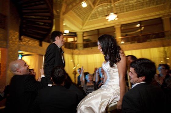 rookery building wedding chicago hora dean thorsen photograhy