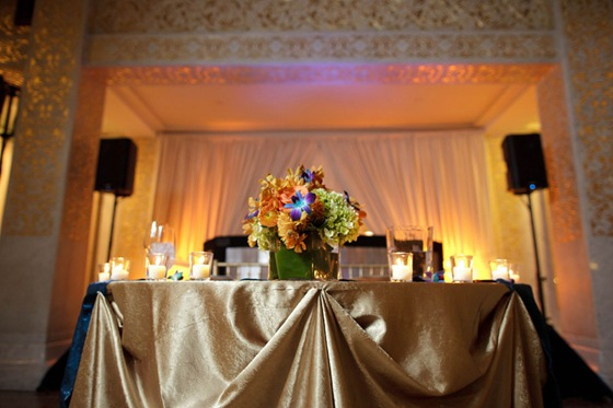 rookery building wedding chicago sweetheart table