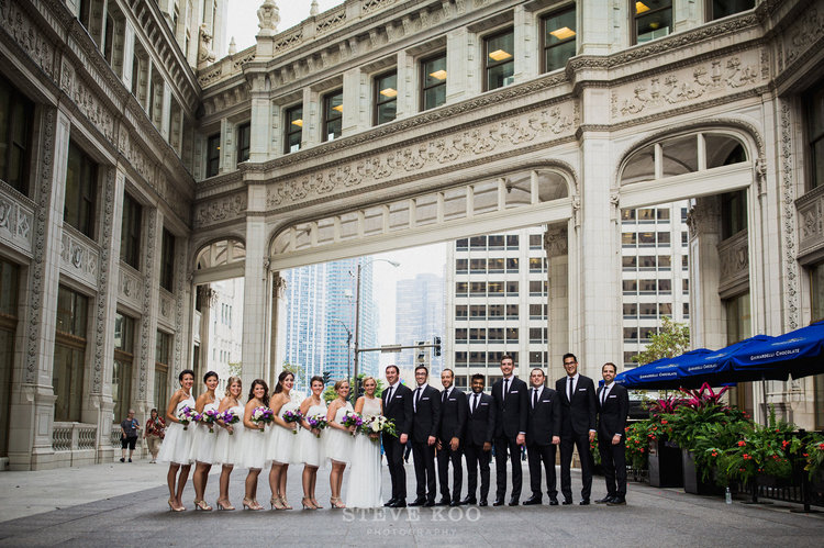 Sweetchic-Events_wrigley-building-wedding-party-photos