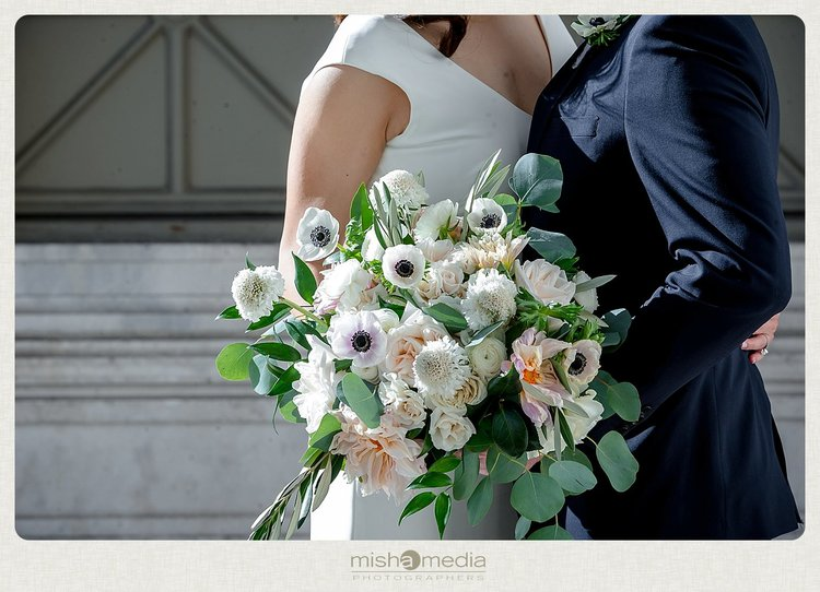 Sweetchic-Events_Lacuna-Lofts_rustic-wedding-bouquet