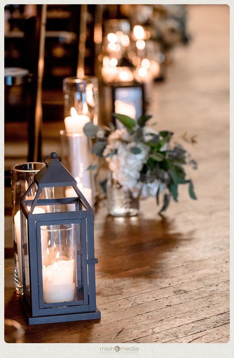 Sweetchic-Events_Lacuna-Lofts_romantic-wedding-ceremony