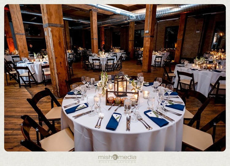 Sweetchic-Events_Lacuna-Lofts_rustic-wedding-reception