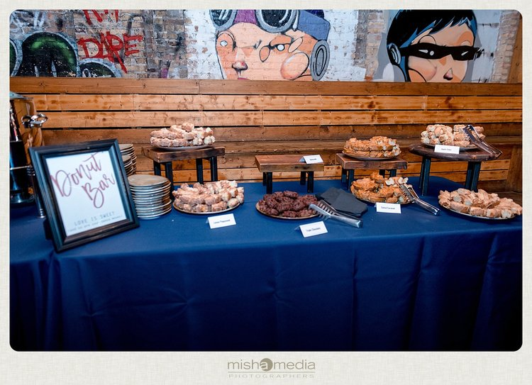 Sweetchic-Events_Lacuna-Lofts_rustic-wedding-reception_donut-bar