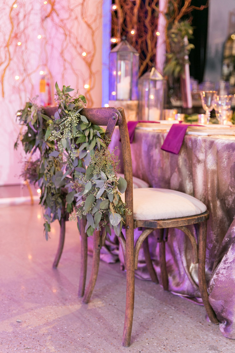 Sweetchic-Events_romantic-sweetheart-table
