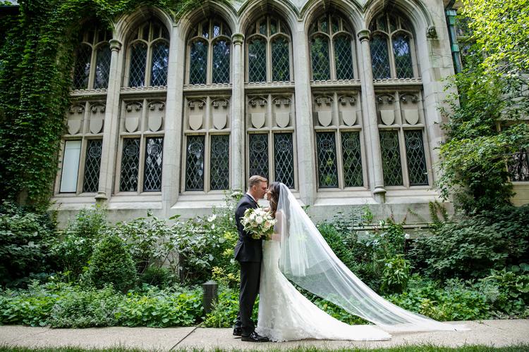 Garfield-Park-Conservatory-Wedding_Sweetchic-Events_Jennifer-Chris-Wedding_021 copy.jpg