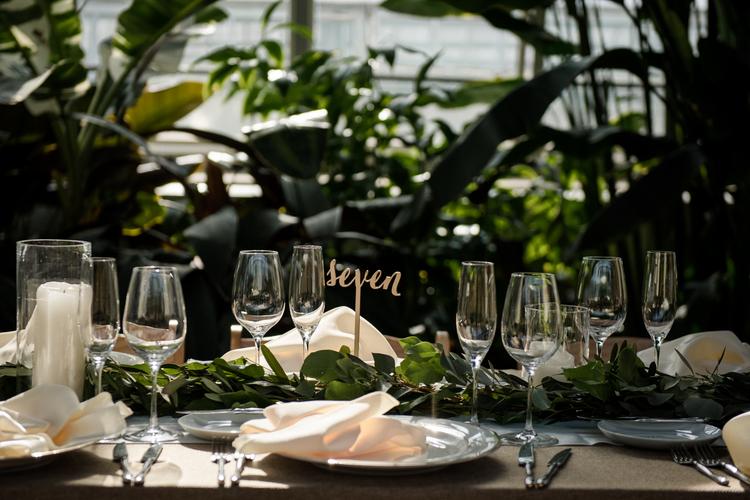 Garfield-Park-Conservatory-Wedding_Sweetchic-Events_Jennifer-Chris-Wedding_048 copy.jpg