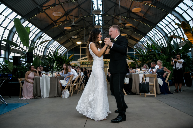 Garfield-Park-Conservatory-Wedding_Sweetchic-Events_Jennifer-Chris-Wedding_068 copy.jpg