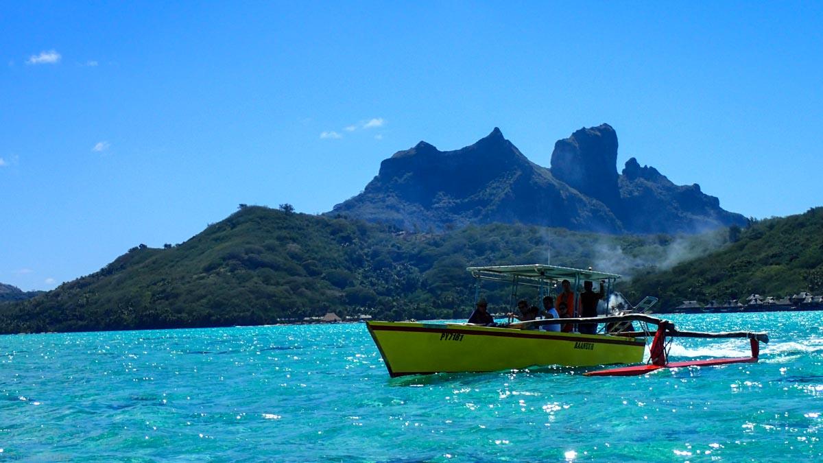 The iconic peaks of Bora Bora