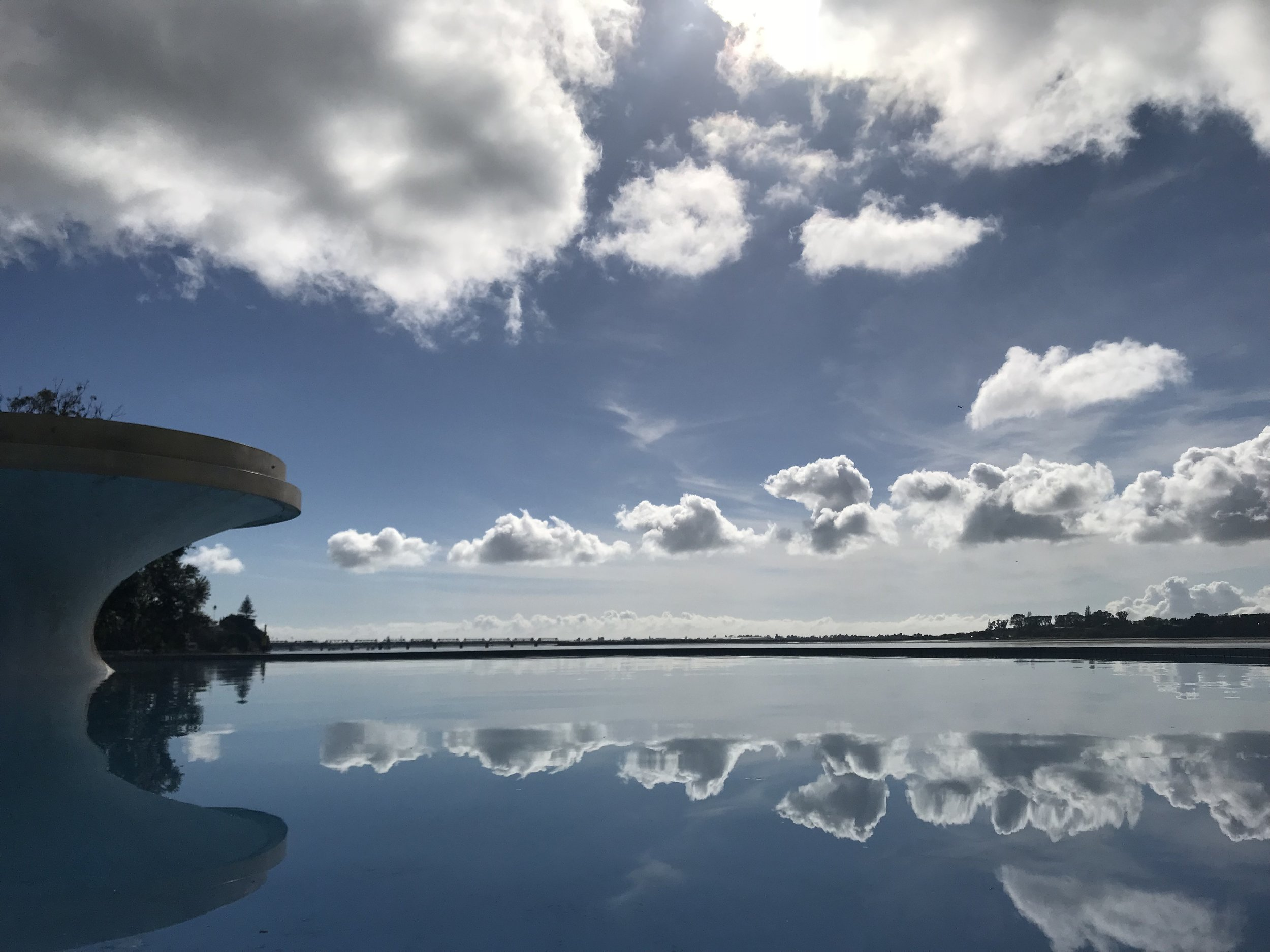 Spectacular New Zealand - reflections in Memorial Park