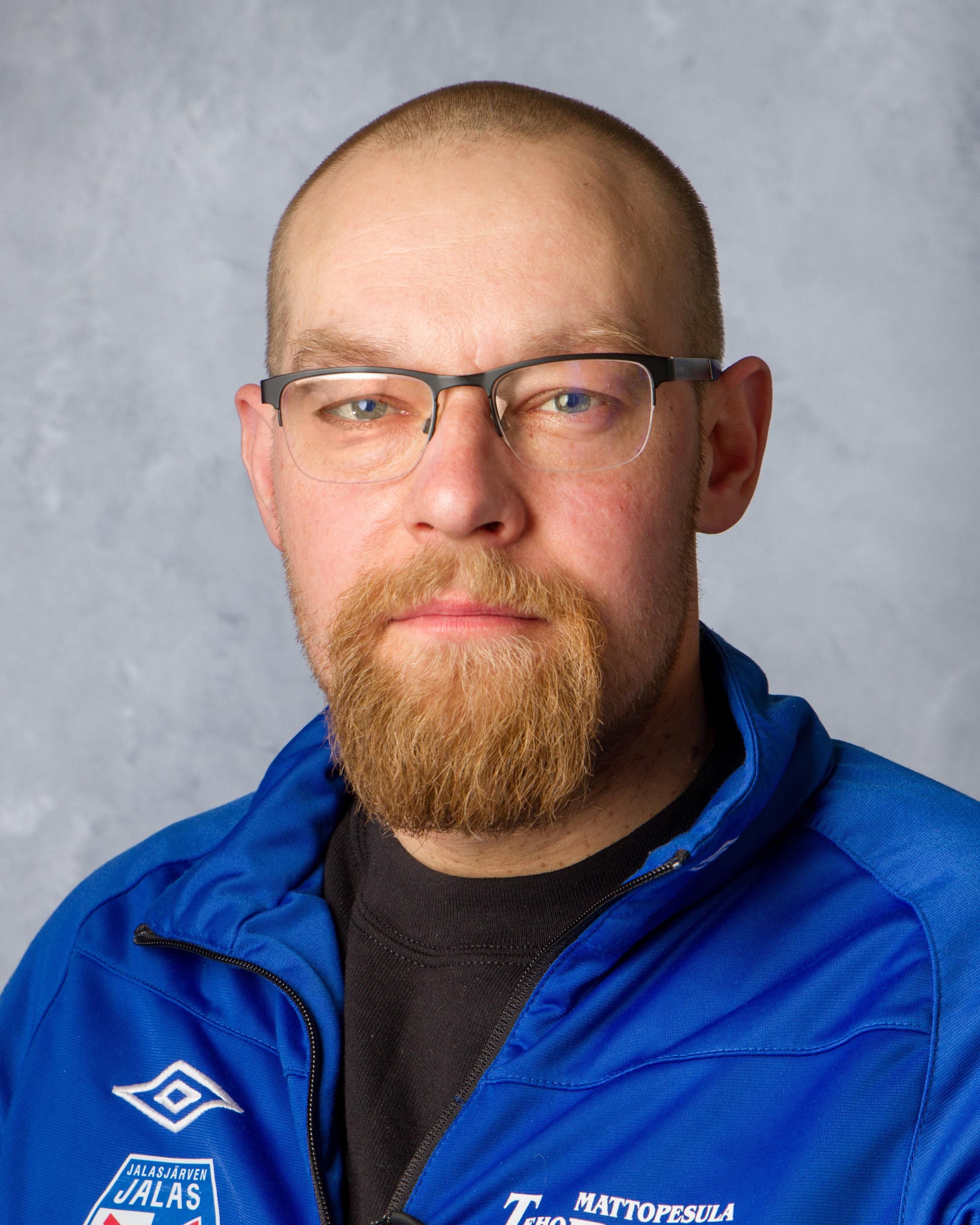 Sami Saari   Jäsen  samijtsaari77 [at] gmail.com 050 594 8120